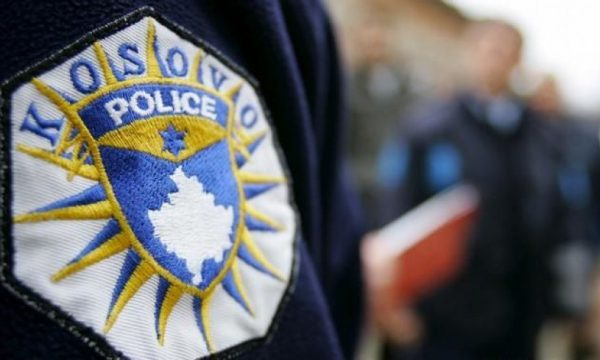 Inspektorati nis hetimet për zyrtarin policor që goditi këmbësoren në Fushë Kosovë
