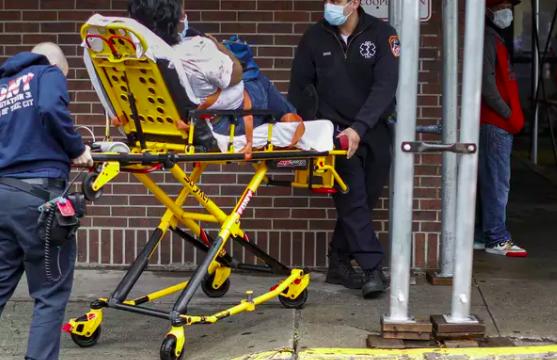 72 orët e tmerrshme në Nju Jork: Dyfishohet numri i të vdekurve nga COVID-19, 83 mijë të infektuar