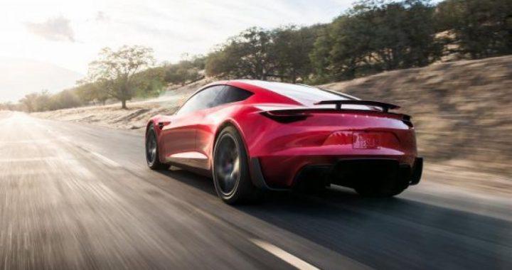 Video tregon se si Tesla Roadster do të mund të arrinte shpejtësinë në 100 km/h për vetëm 1.1 sekondë