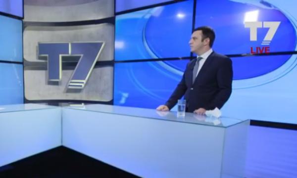 Përplasjet brenda koalicionit, njeriu i Haradinajt në Qeveri tregon paknaqësitë ndaj Hotit