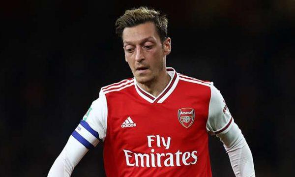 Ozil, i zhgënjyer me Arsenalin: Jeta e myslimanëve ka rëndësi