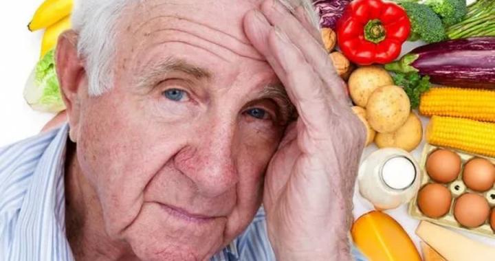Simptoma që mund të sinjalizojë se keni mungesë të vitaminës B12