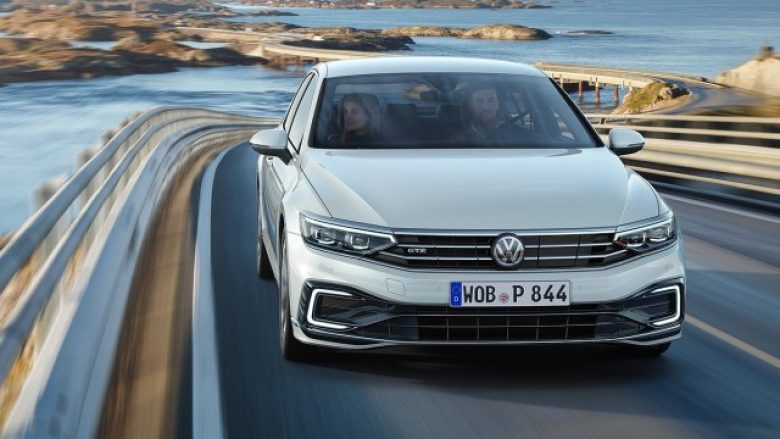 Volkswagen do të ndalojë prodhimin e Passat edhe në Evropë