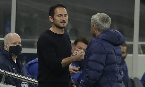 Mourinho e ngacmon pak Lampardin