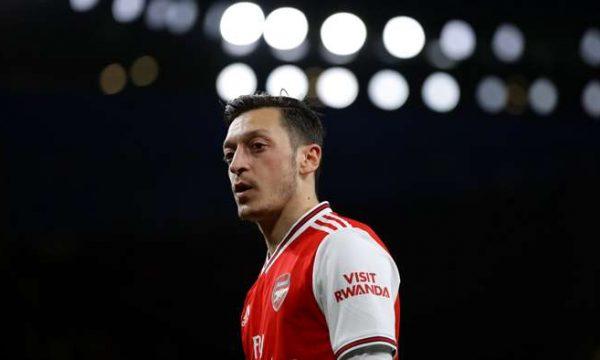 """""""Arsenali duhet t'i jep hapësirë Ozilit"""""""